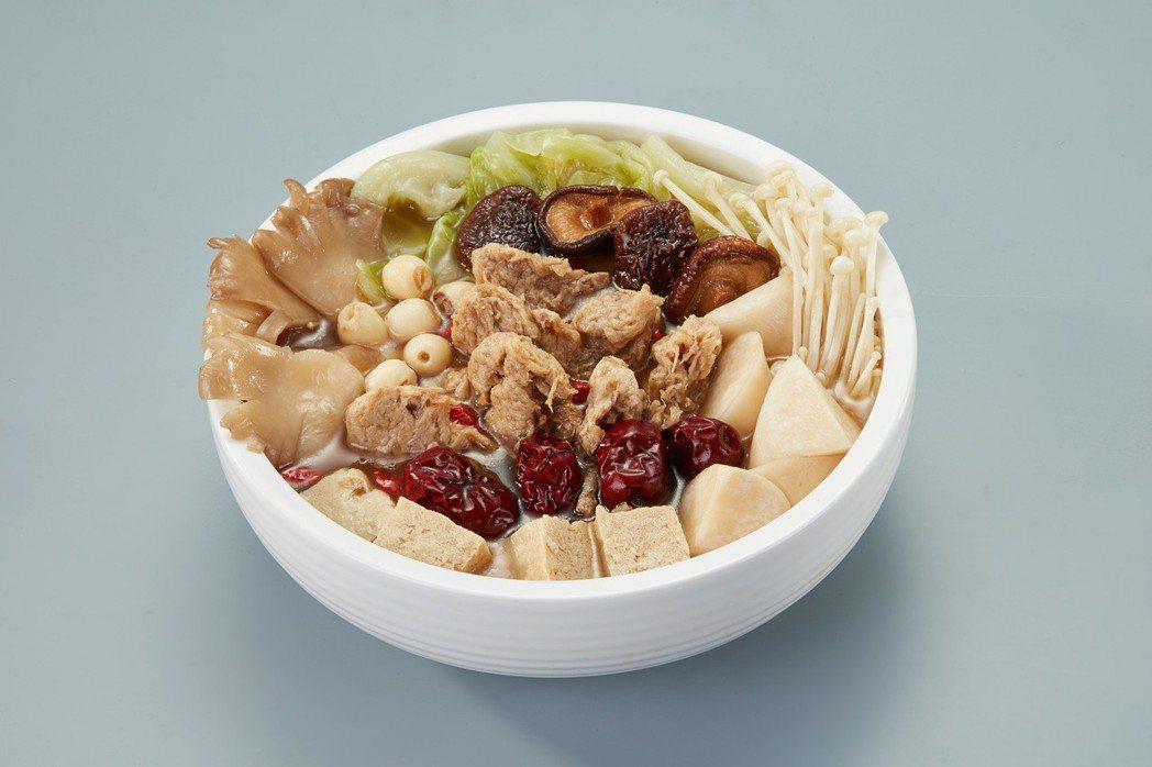 菇菌養生陽肉爐,中藥熬煮悶燉湯頭,鮮甜美味。 百喬食品/提供