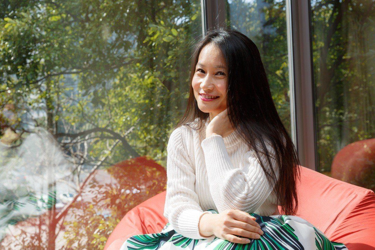 作者黃珮婷(Betty)大學時甫立下當總經理的志願,從研究所畢業進入花旗當儲備幹...