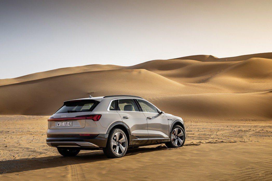 Audi e-tron綜效馬力可達402hp。 摘自Audi