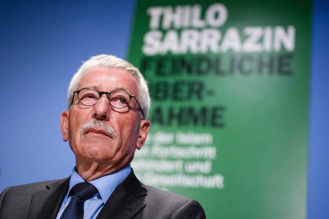 爭議的政客兼作家薩拉辛(Thilo Sarrazin),其作品《Feindlic...