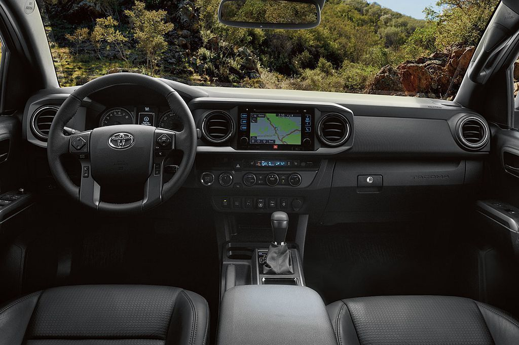 小改款Toyota Tacoma除外觀變化,現行款較簡約的內裝鋪陳也有機會藉由這次小改款作業有所變動。 圖/Toyota提供
