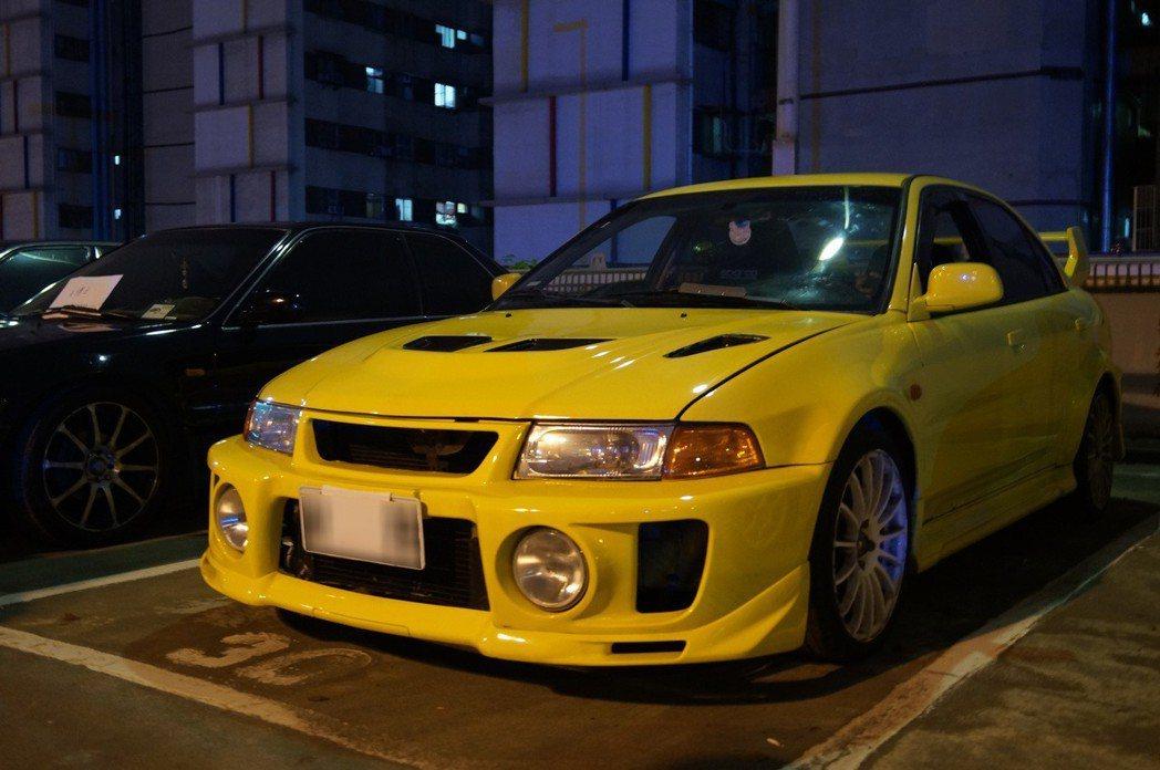 Mitsubishi Lancer EVO。 記者趙駿宏/攝影