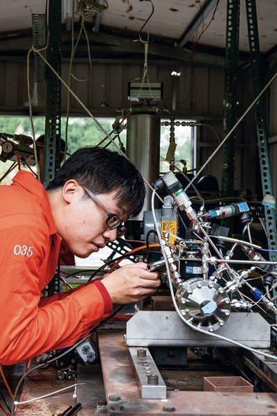 火箭的系統極其複雜,也考驗著一個國家對複雜系統的設計與製造能力。 (林旻萱攝)