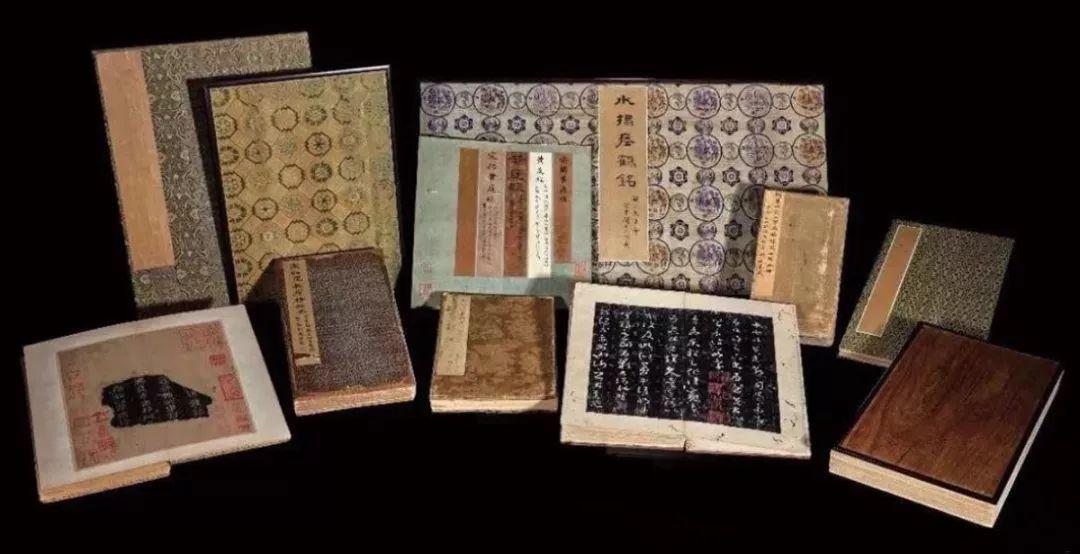 北京中國嘉德拍賣《安思遠藏善本碑帖十一種》以1.926億人民幣成交, 創下世界最...