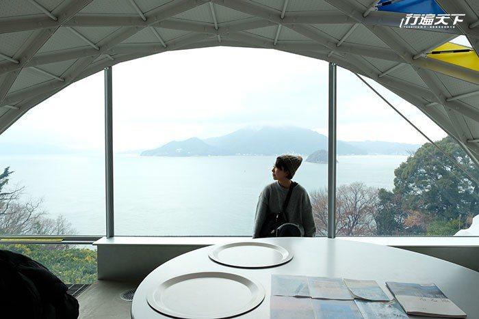 位於瀨戶內海大三島上的今治市伊東豊雄建築博物館。