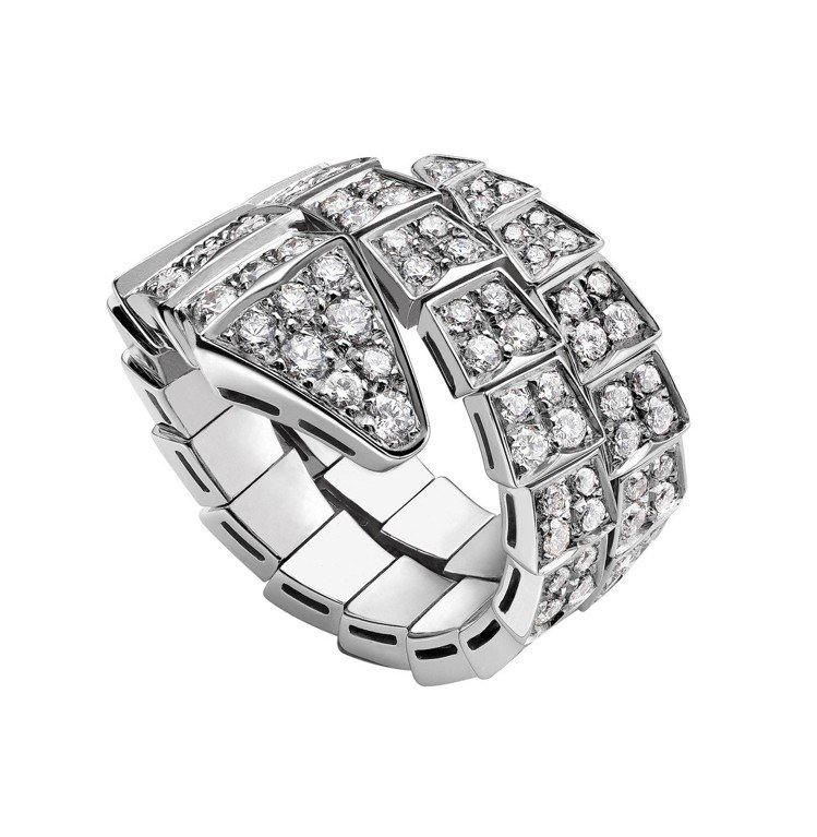 BVLGARI Serpenti系列鑽石戒指,81萬8,000元。圖/寶格麗提供