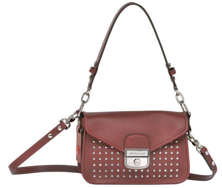 Mademoiselle Longchamp Rock酒紅色斜背袋,售價38,3...