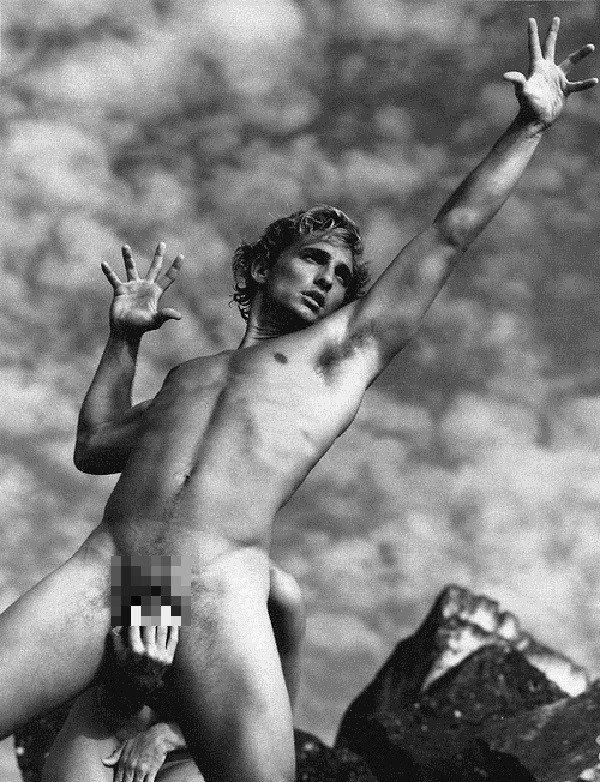 馬修麥康納拍過最大膽的照片,仍然未正面全裸。圖/摘自pinterest