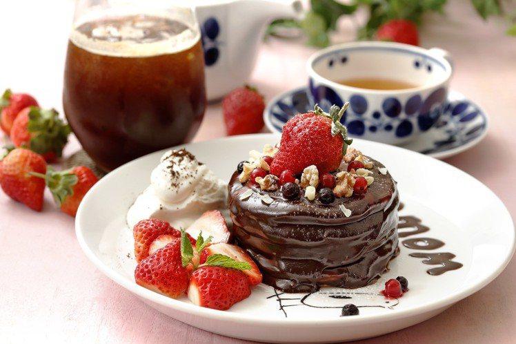 濃情熔岩巧克力鬆餅雙人套餐,售價520元(含2杯飲品)。圖/業者提供