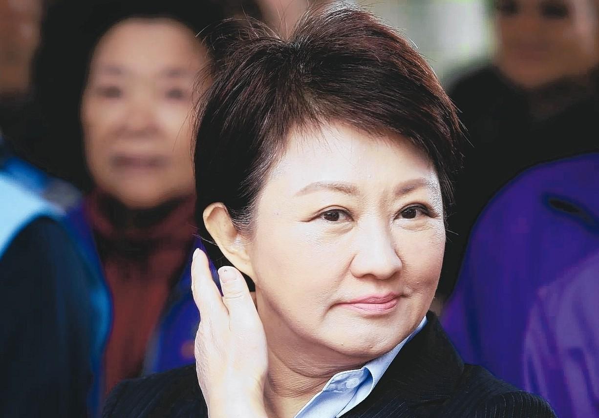 台中市長盧秀燕面對花博付款爭議,她說這是一個有合約有編預算的費用,所以一毛錢都少...