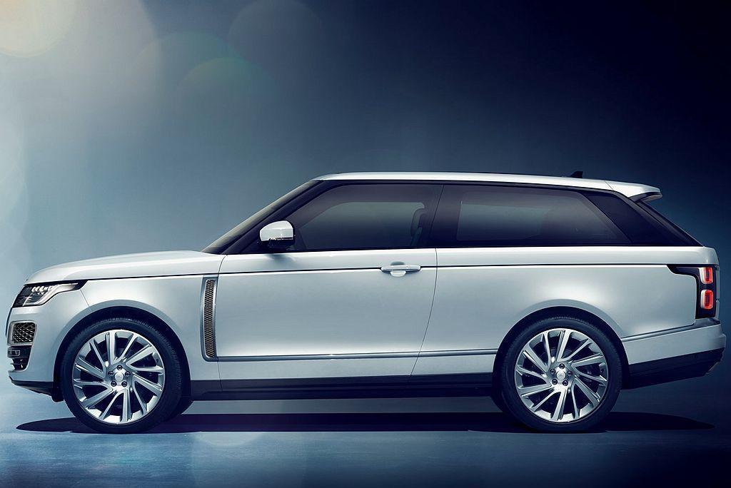 原廠除要展現Range Rover車系奢華、旗艦與全地形穿越能力外,更規劃在La...