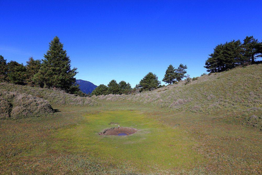 盆駒山草原。 攝影/雪羊