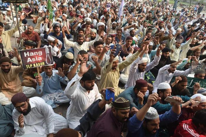 街頭抗議是卡拉奇日常的一部分。