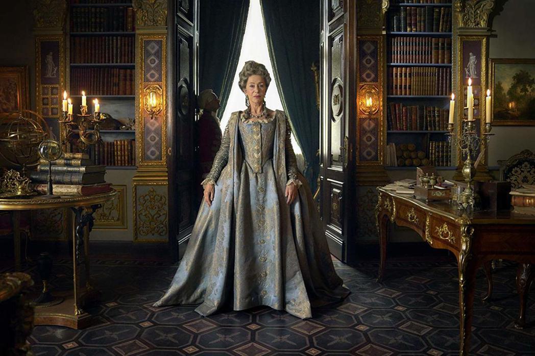 海倫米蘭主演英國影集「凱薩琳大帝」。圖/摘自imdb