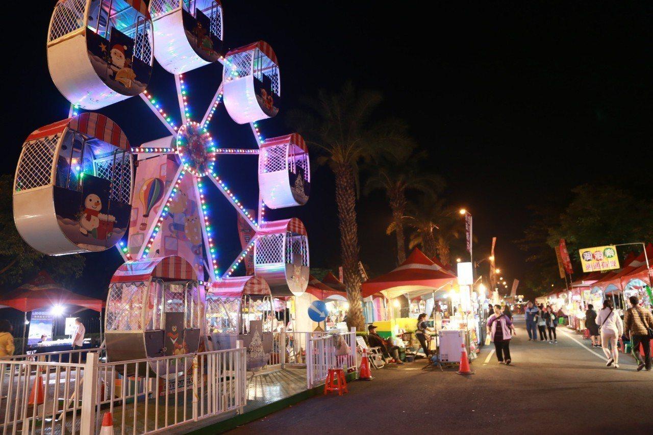 屏東市公所去年新春活動吸引滿滿人潮一同慶新年。圖/屏東市公所提供