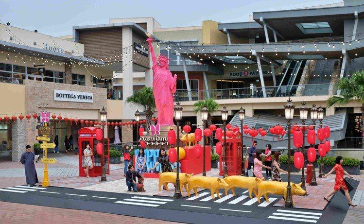 迎接新春檔期,華泰唐人街玩趣登場。圖/華泰名品城提供