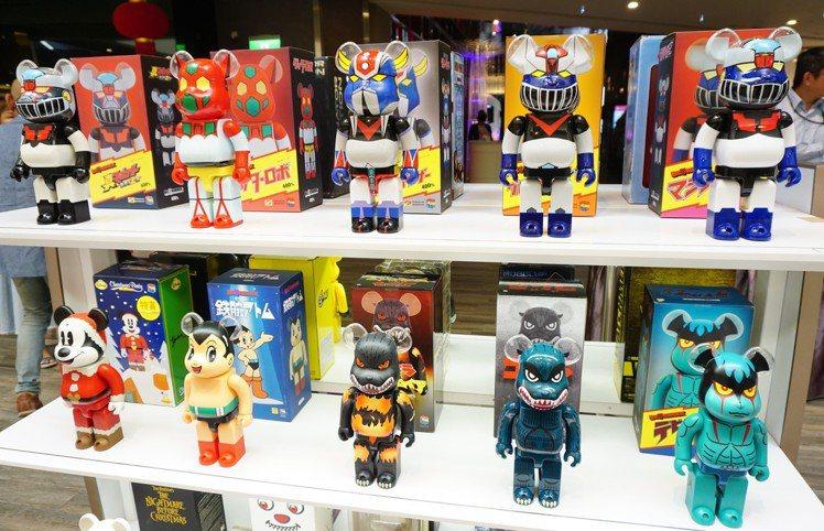 庫柏力克熊大展也販售許多周邊商品。圖/南紡購物中心提供