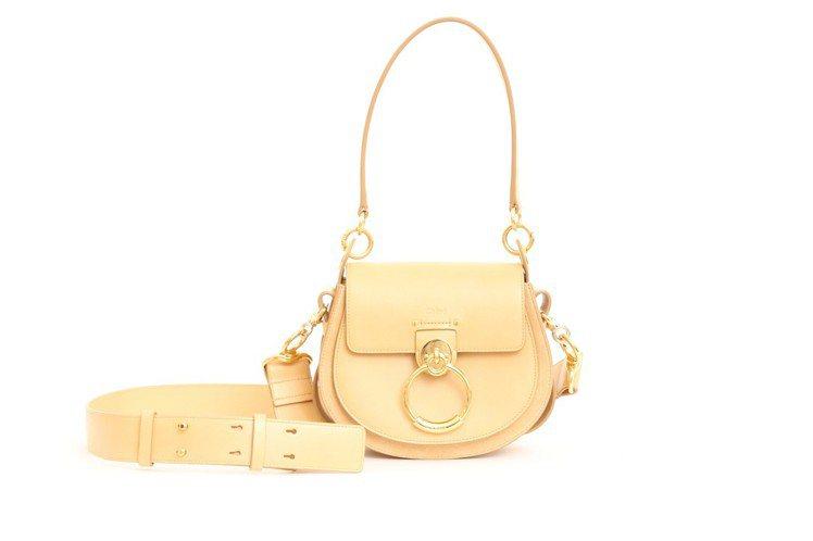 Chloé TESS米白色包款(小),售價57,400元。圖/Chloé提供