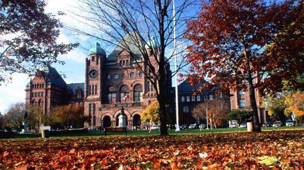 多倫多的市區楓紅。 圖/加拿大旅遊局提供