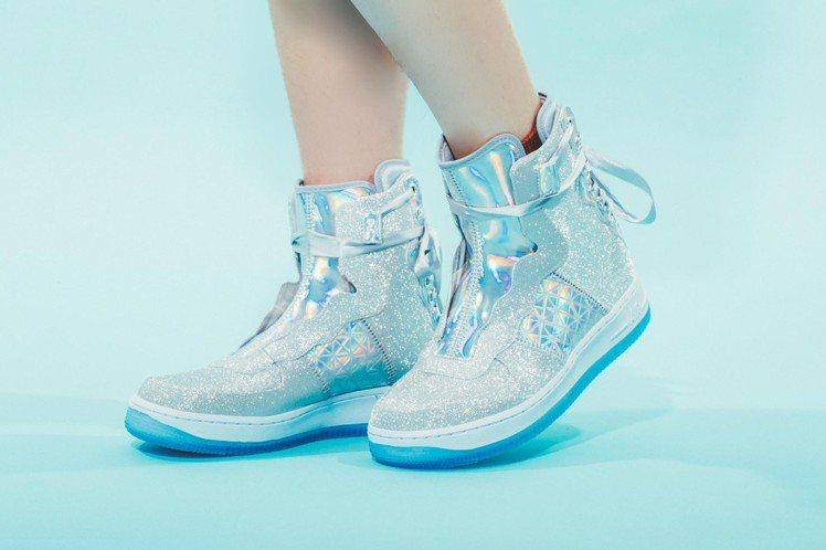 Nike AF1 Rebel XX運動鞋7,200元。圖/FRUITION提供