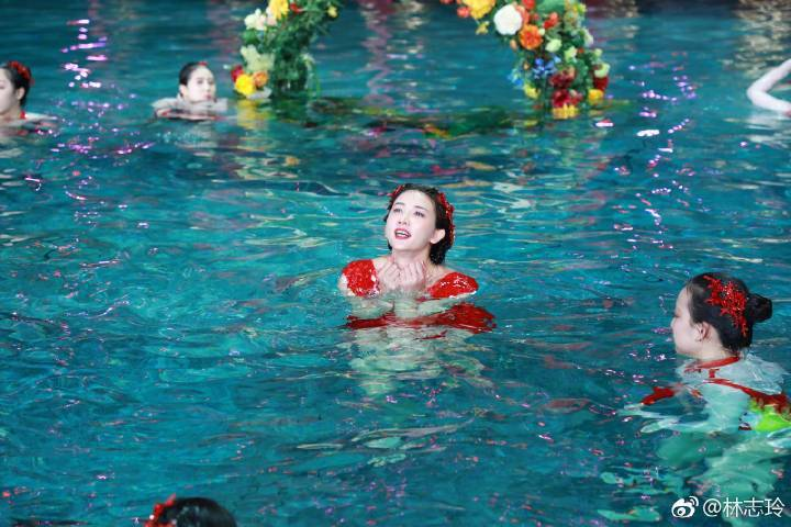 林志玲春晚表演相當精彩。圖/摘自微博
