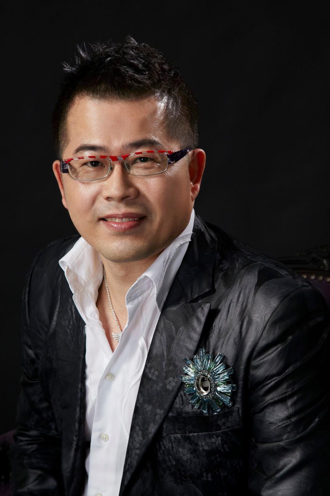 服裝設計師林國基。圖/艾迪昇傳播公司提供