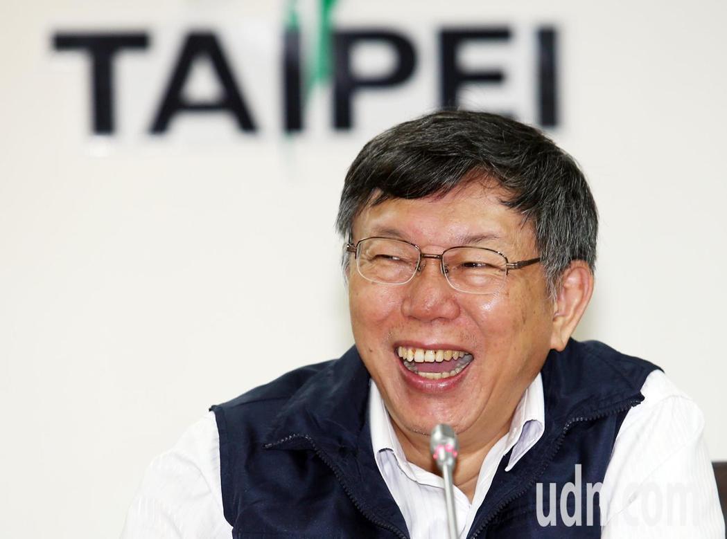 台北市長柯文哲在幕僚黃瀞瑩、柯昱安眼中,是一位「自癒能力」強,反省後還會「再進化...