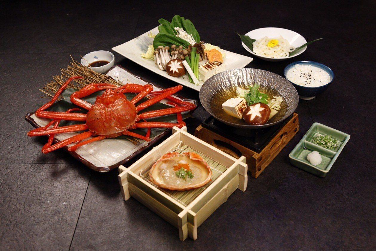 梅崎獨家經典紅楚蟹套餐,原價原價1,680元,預約早鳥價1,380元。圖/肯信餐...