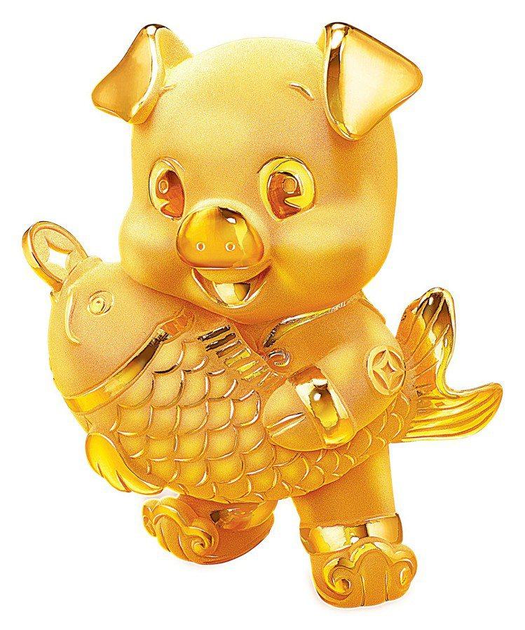 周大福「年年有餘」黃金擺件約0.15兩起,價格店洽。圖/周大福提供