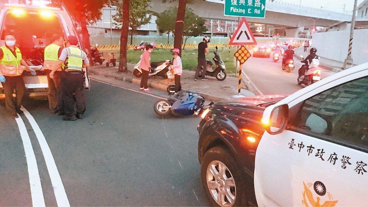 聲請釋憲的法官認為,有些車禍事故僅是輕微擦撞,駕駛只要離去恐怕面臨一年以上的有期...