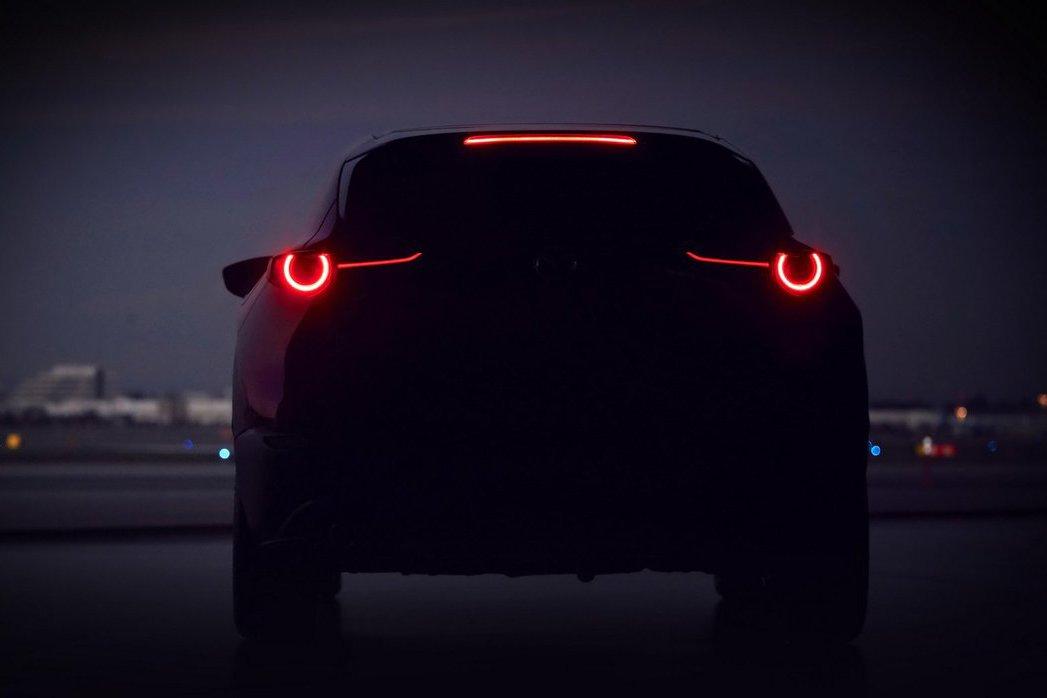 Mazda釋出神秘預告圖 會是新世代CX-3嗎?