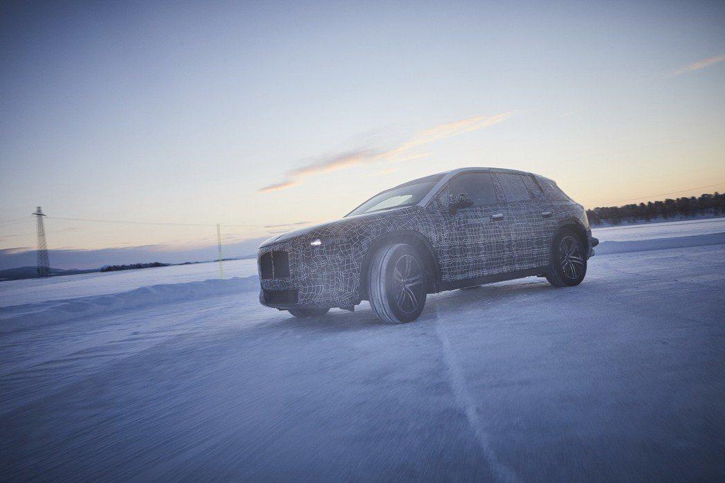 BMW iNEXT將量產為品牌首部旗艦電動休旅。 摘自BMW