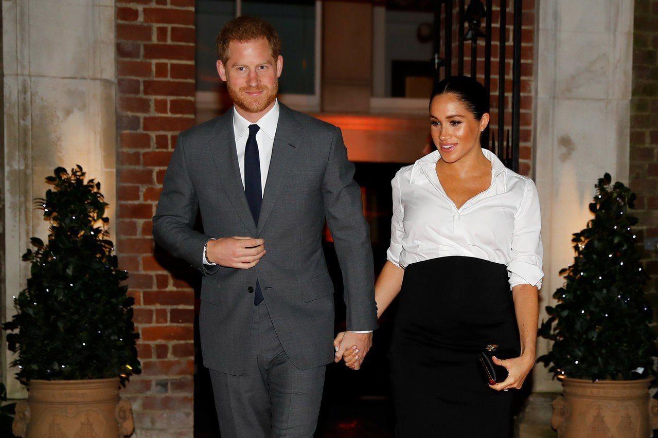 哈利王子與梅根7日出席「奮進基金頒獎典禮」。路透