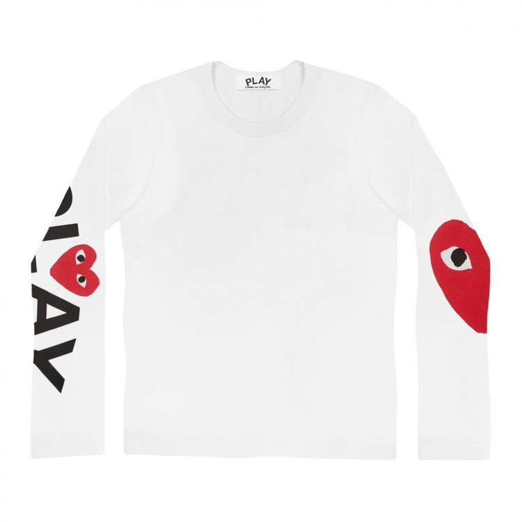 CDG PLAY系列白色「雙袖單心」長袖T恤,4,200元(女款)。圖/團團提供