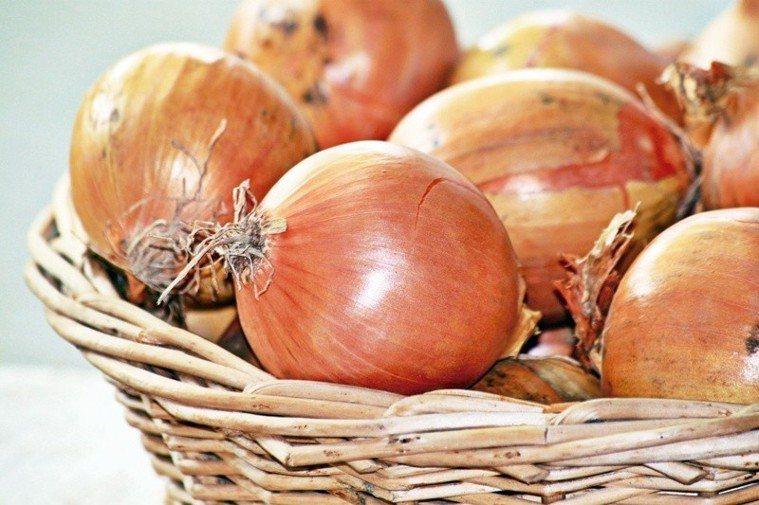 如果希望每天的餐食有滋有味,同時又不影響健康,洋蔥對喜歡微辣的人是很好的選擇。 ...