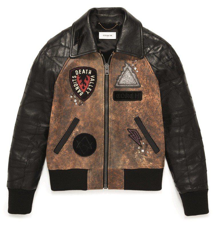 洗舊質感的拼接Varsity皮夾克,價格店洽。圖/Coach提供