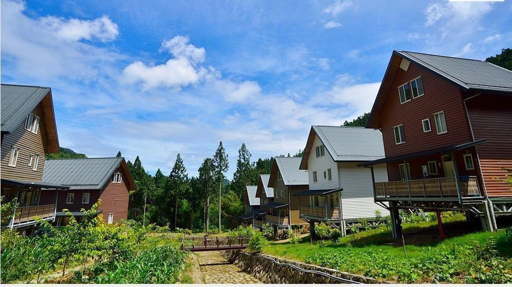 嘉義縣阿里山鄉八八風災重建區,有「台版合掌村」美譽的得恩亞納社區。圖/縣府提供