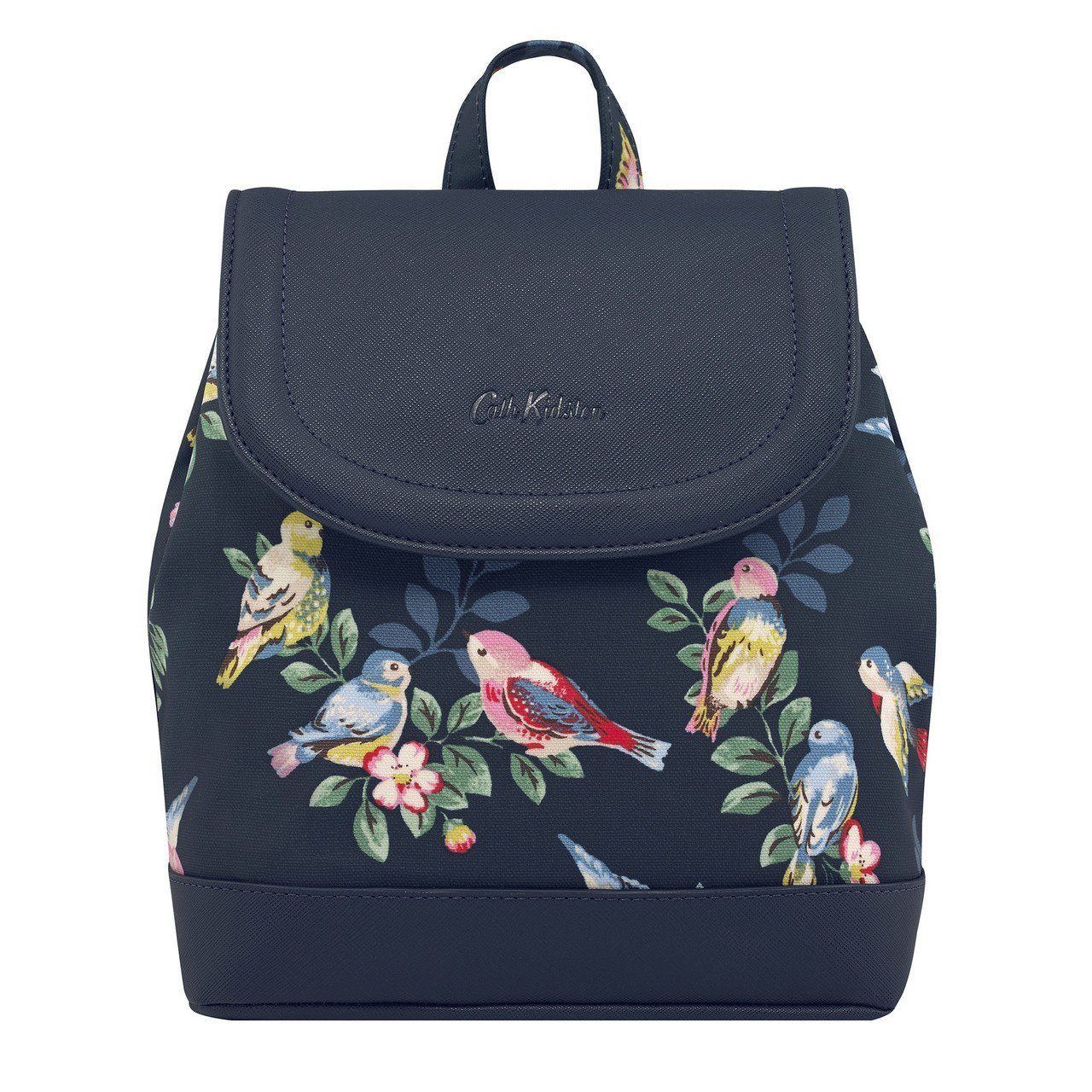 Spring birds後背包,3,280元。圖/Cath Kidston提供