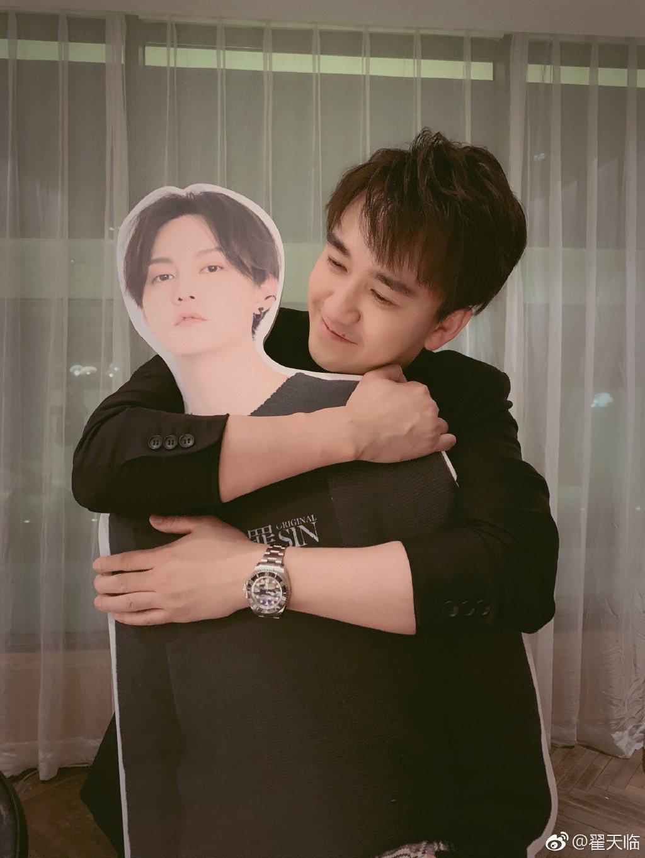 翟天臨去年拿到北京電影學院博士學位,卻遭質疑可能造假。圖/摘自微博