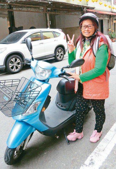 62歲馬秀枝6年來遊遍國內外,被稱為「旅遊達人」。 記者范榮達/攝影