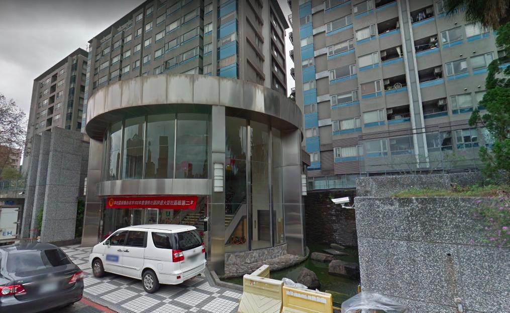 台北市文山區辛亥路4段一處社區大樓今(10)天清晨發生一起墜樓意外。 圖/擷取自...
