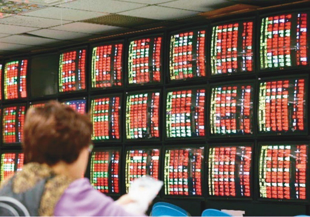 投資人對豬年紅盤行情充滿期待,根據統計,過去一輪12生肖台股開紅盤行情,上漲機率...