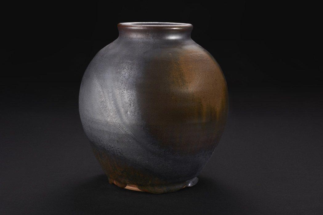 張永宗柴燒陶藝「黑絲絨系列」。 張永宗/提供