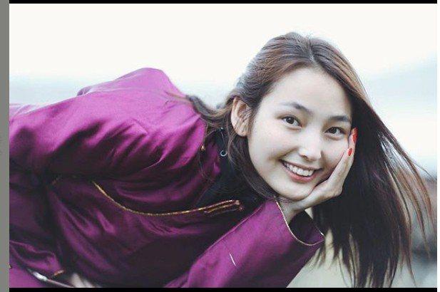 網友在PTT表特版PO照片,蒙古妹子散發出獨特的野性美。圖擷自IG