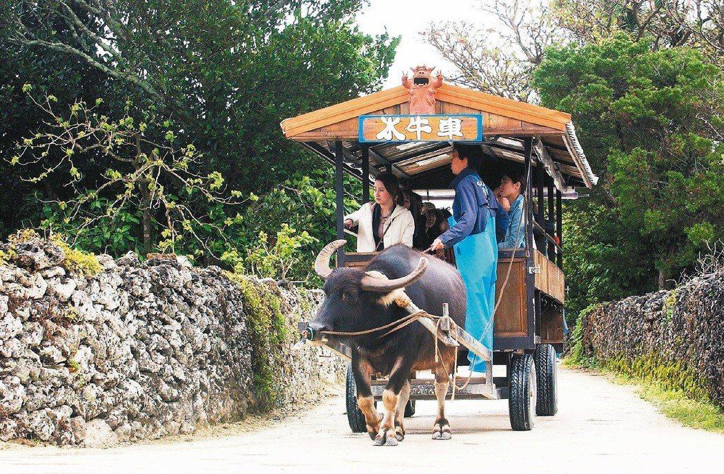如今竹富島每年觀光客已突破40萬人次,創造出龐大的經濟和社會利益。圖/報系資料庫