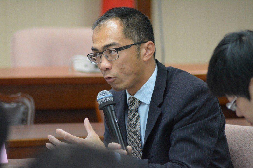 中國文化大學教授吳盈德。 立法院/提供。
