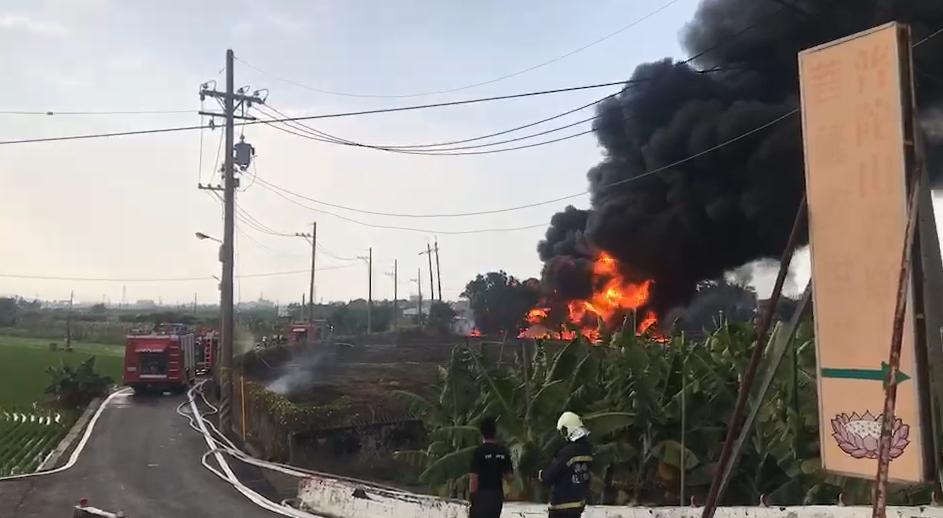 屏東縣新園鄉港西淨水監控站下午發生火警意外。 記者江國豪/攝影