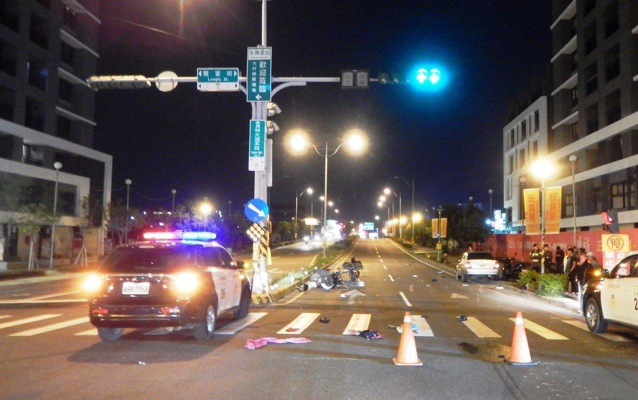 員林市員林大道再傳死亡車禍,員林大道5段與龍富街路口10日傍晚三輪機車騎士遭撞飛...