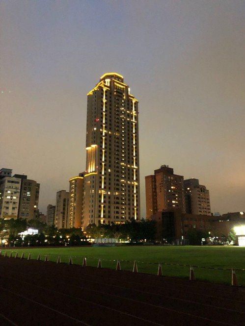有港資背景的僑外資以四點七億元,買下台北市大安區豪宅「和平大苑」。 圖/聯合報系...