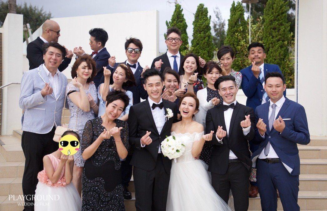 六月曾到沖繩參加愛紗婚禮。圖/Ginza Couture Naoco